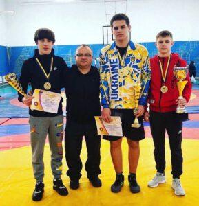 Першість в різних вагових категоріях на всеукраїнському турнірі з вільної боротьби
